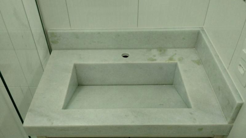 Granito para Bancada de Banheiro  Ravi Comércio de Mármores -> Como Colocar Pia De Granito No Banheiro